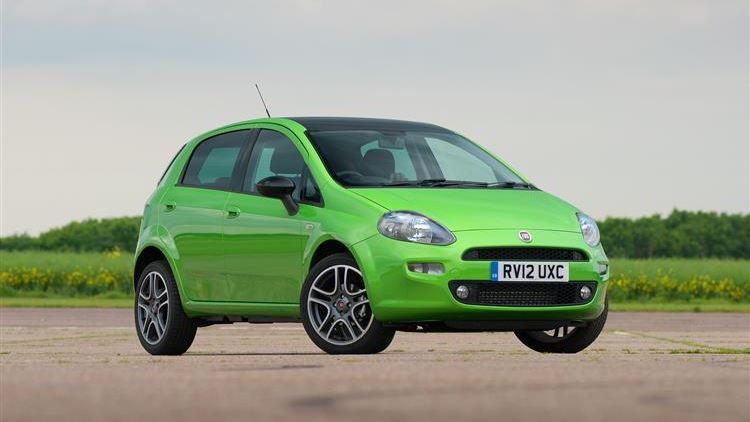 Fiat Punto TwinAir review | Car review | RAC Drive on fiat lounge, fiat pop, fiat trekking review, fiat ads,