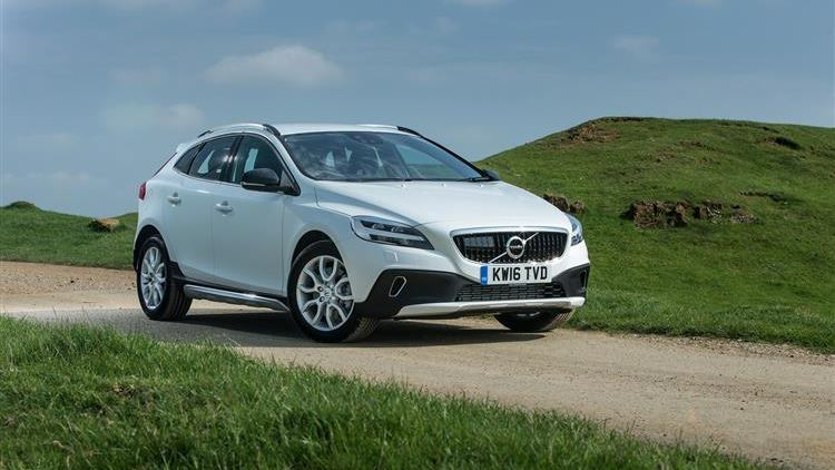 Volvo V40 Cross Country T5 AWD review | Car review | RAC Drive