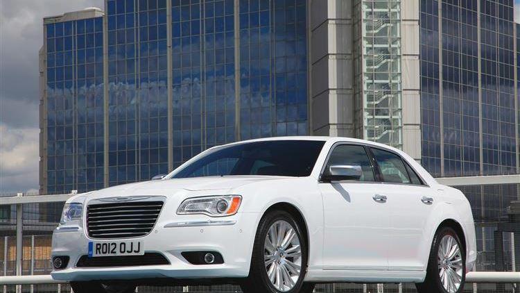 Chrysler 300C (2012 - 2015) used car review   Car review