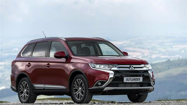 Mitsubishi Outlander (2015 - 2018) used car review   Car review