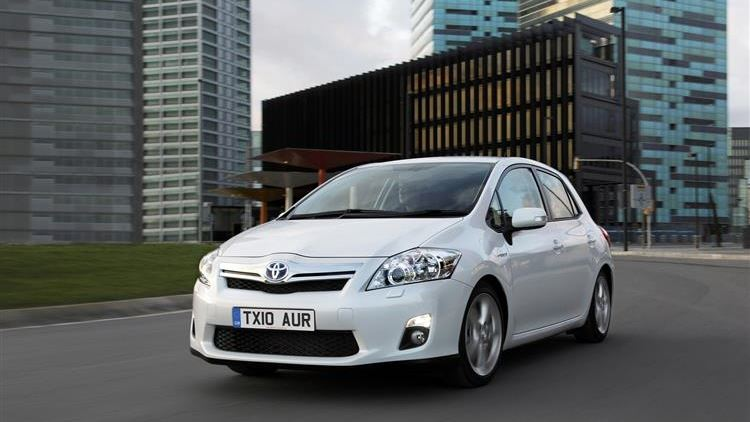 Toyota Auris Hybrid 2010 2017 Used Car Review