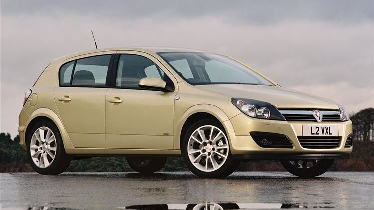 048fc5f3a1 Vauxhall Astra (2004 - 2009) used car review