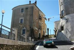 travel story - classic car travel in southern italy