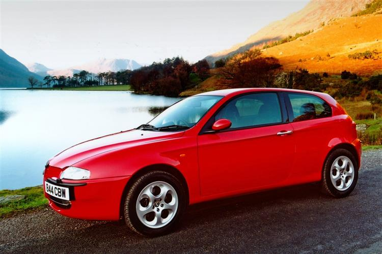 Car Review | 207365 | alfa-romeo-147-(2000-2005)