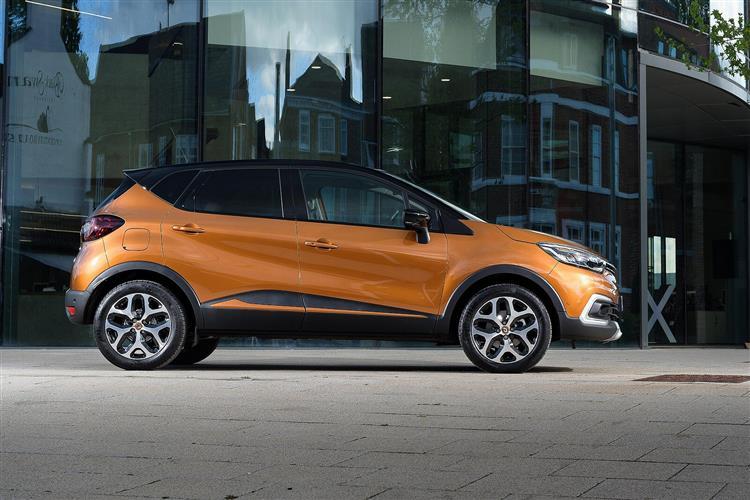 Renault Captur 0.9 TCE 90 Play 5dr Petrol Hatchback
