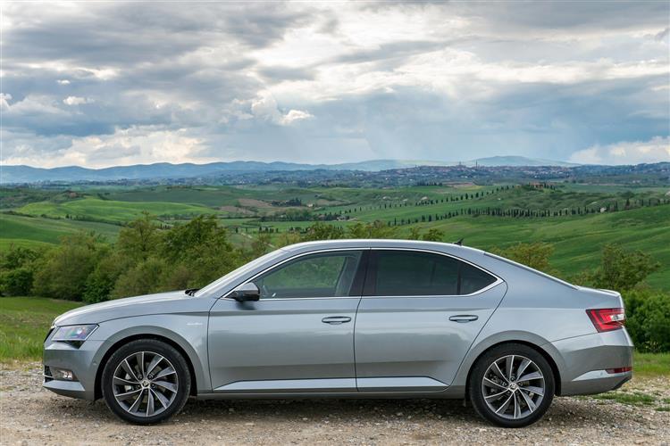 SKODA Superb 2.0 TDI CR 190 Sport Line 5dr DSG [7 Speed] Diesel Hatchback
