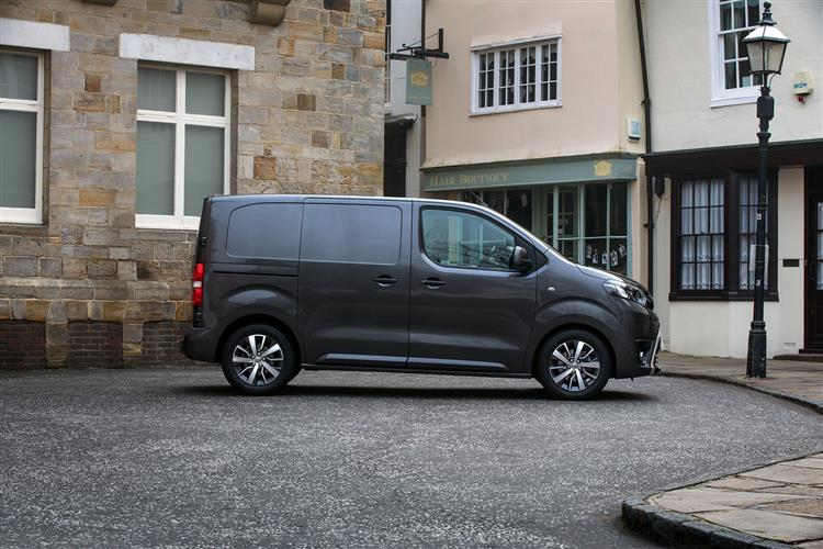 Toyota Proace Medium Diesel 2.0D 120 Design Freezer Van [TSS]
