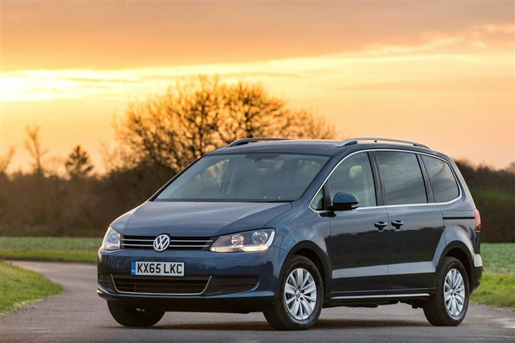 car review 1261 volkswagen sharan. Black Bedroom Furniture Sets. Home Design Ideas