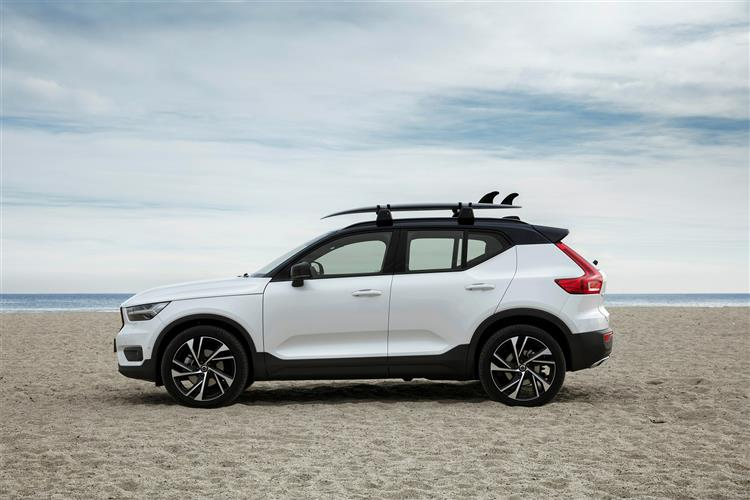 Volvo Xc40 2.0 D3 Momentum Pro 5dr AWD Geartronic Diesel Estate