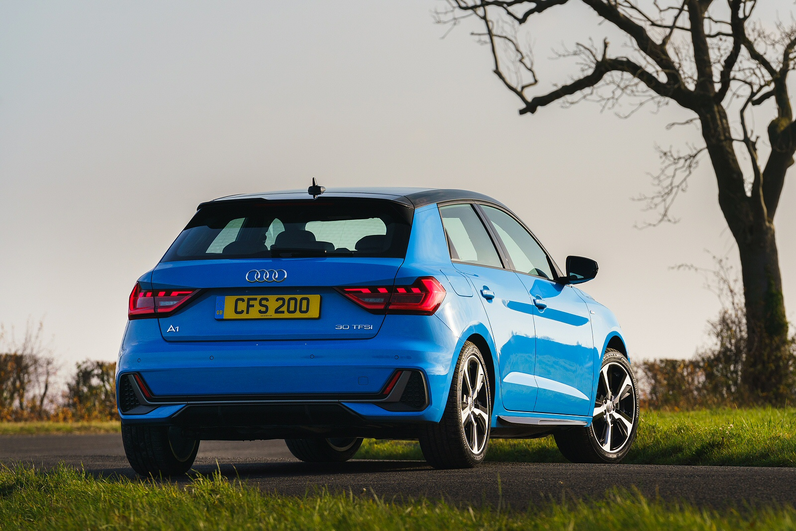 new audi a1 40 tfsi s line competition 5dr s tronic petrol. Black Bedroom Furniture Sets. Home Design Ideas