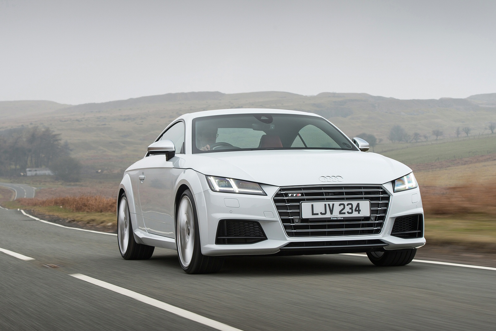 new audi tt 2 0t fsi quattro tts 2dr s tronic petrol coupe for sale hereford audi. Black Bedroom Furniture Sets. Home Design Ideas