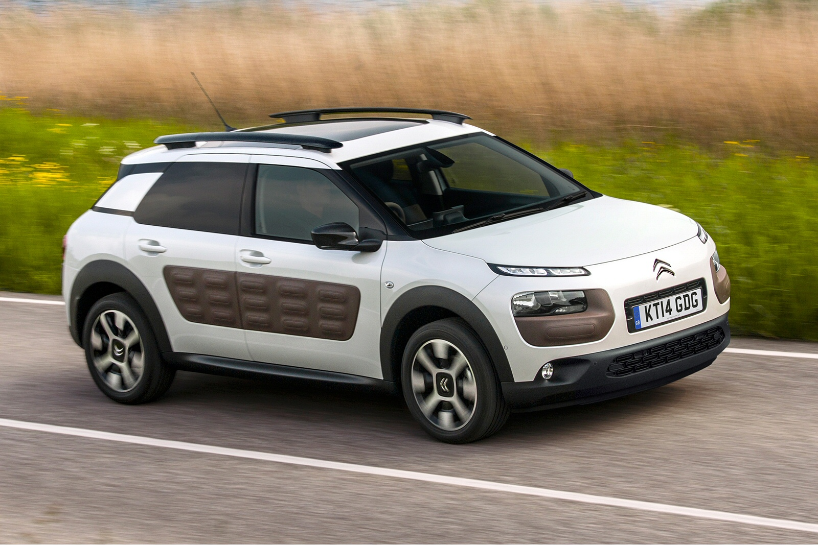 citroen c4 cactus 1 2 puretech 75 hp. Black Bedroom Furniture Sets. Home Design Ideas