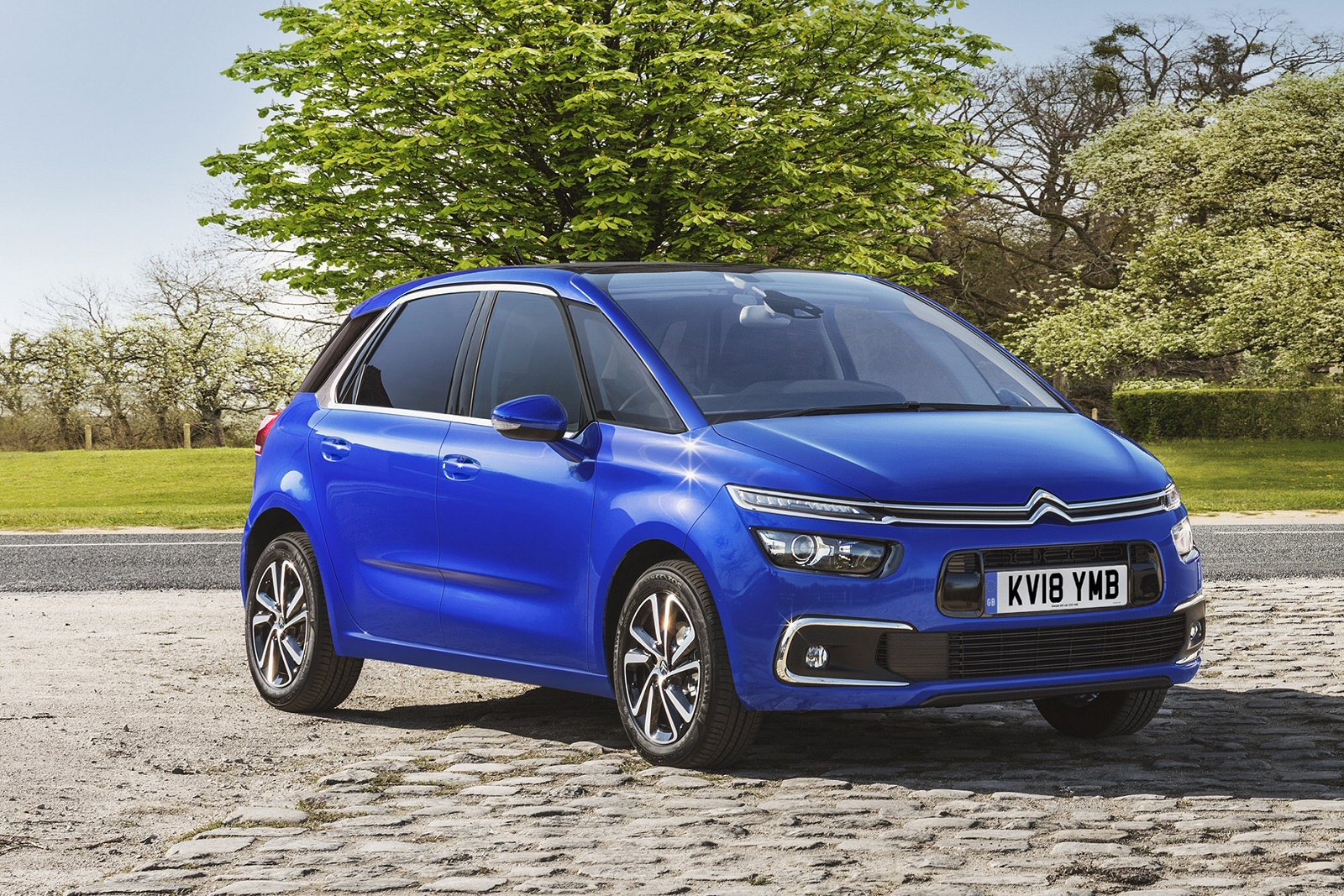 new citroen c4 space tourer 1 6 bluehdi 120 touch edition 5dr eat6 diesel estate motability. Black Bedroom Furniture Sets. Home Design Ideas