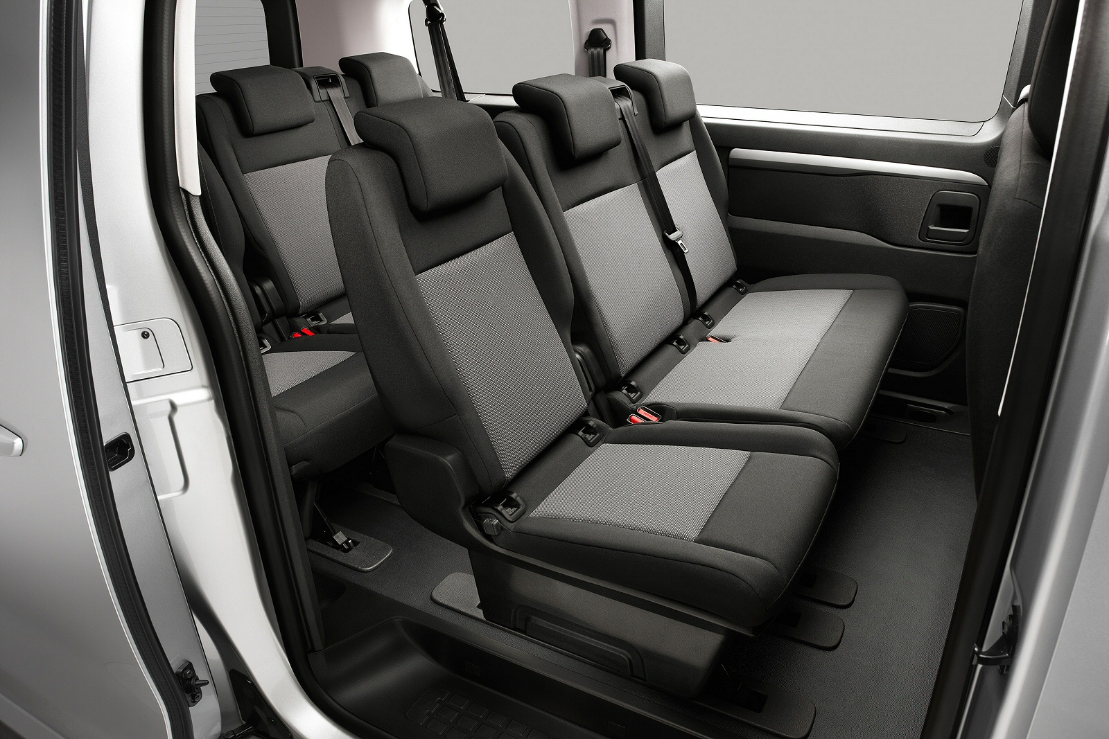f6ec9a6f46 New Citroen Space Tourer 1.5 BlueHDi 120 Business M  9 Seat  5dr ...