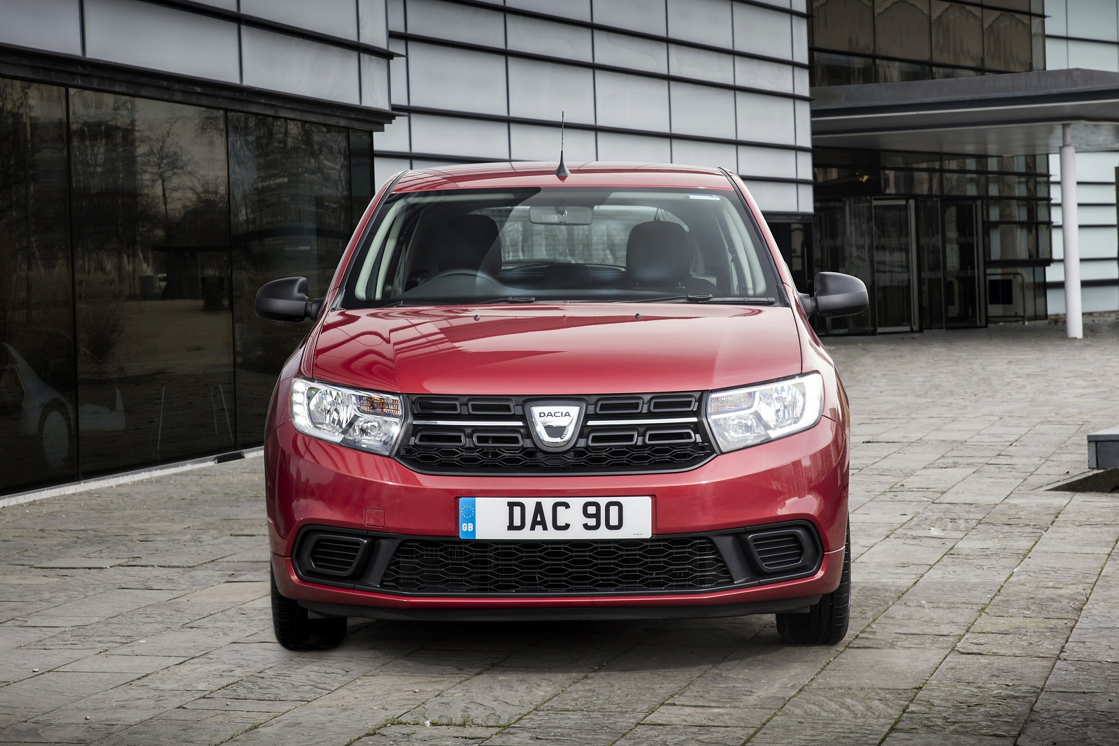 new dacia sandero 1 5 dci laureate 5dr diesel hatchback for sale bristol street. Black Bedroom Furniture Sets. Home Design Ideas