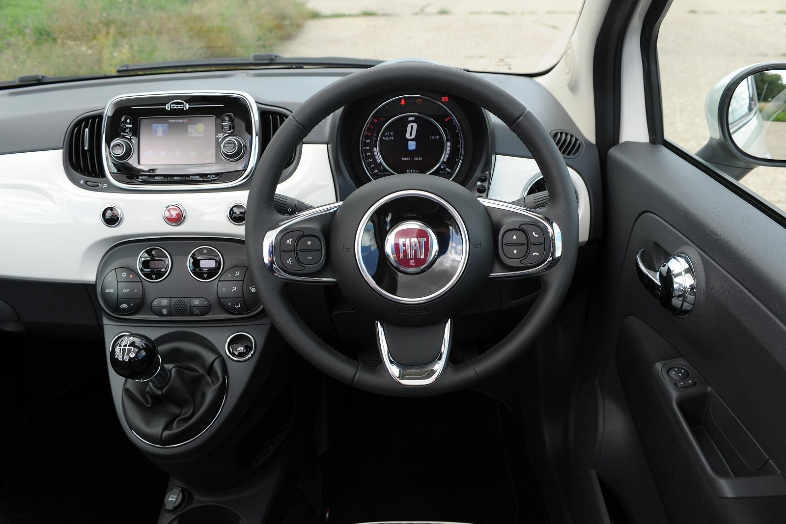 Fiat 500 Lounge Black Interior Brokeasshome Com
