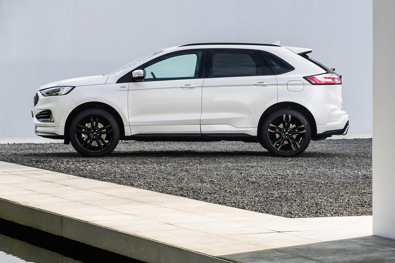 new ford edge 2 0 ecoblue 238 st line 5dr auto diesel estate for sale macklin motors. Black Bedroom Furniture Sets. Home Design Ideas