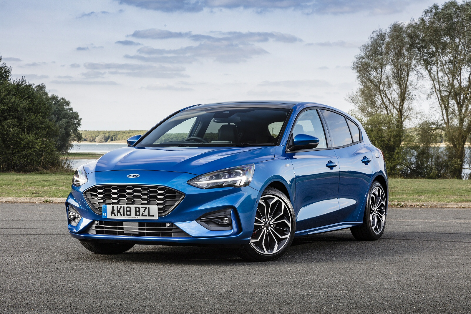 new ford focus 1 0 ecoboost 85 style 5dr petrol hatchback. Black Bedroom Furniture Sets. Home Design Ideas