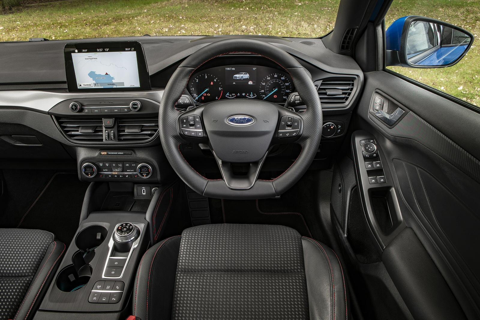 new ford focus 1 0 ecoboost 125 st line 5dr petrol. Black Bedroom Furniture Sets. Home Design Ideas