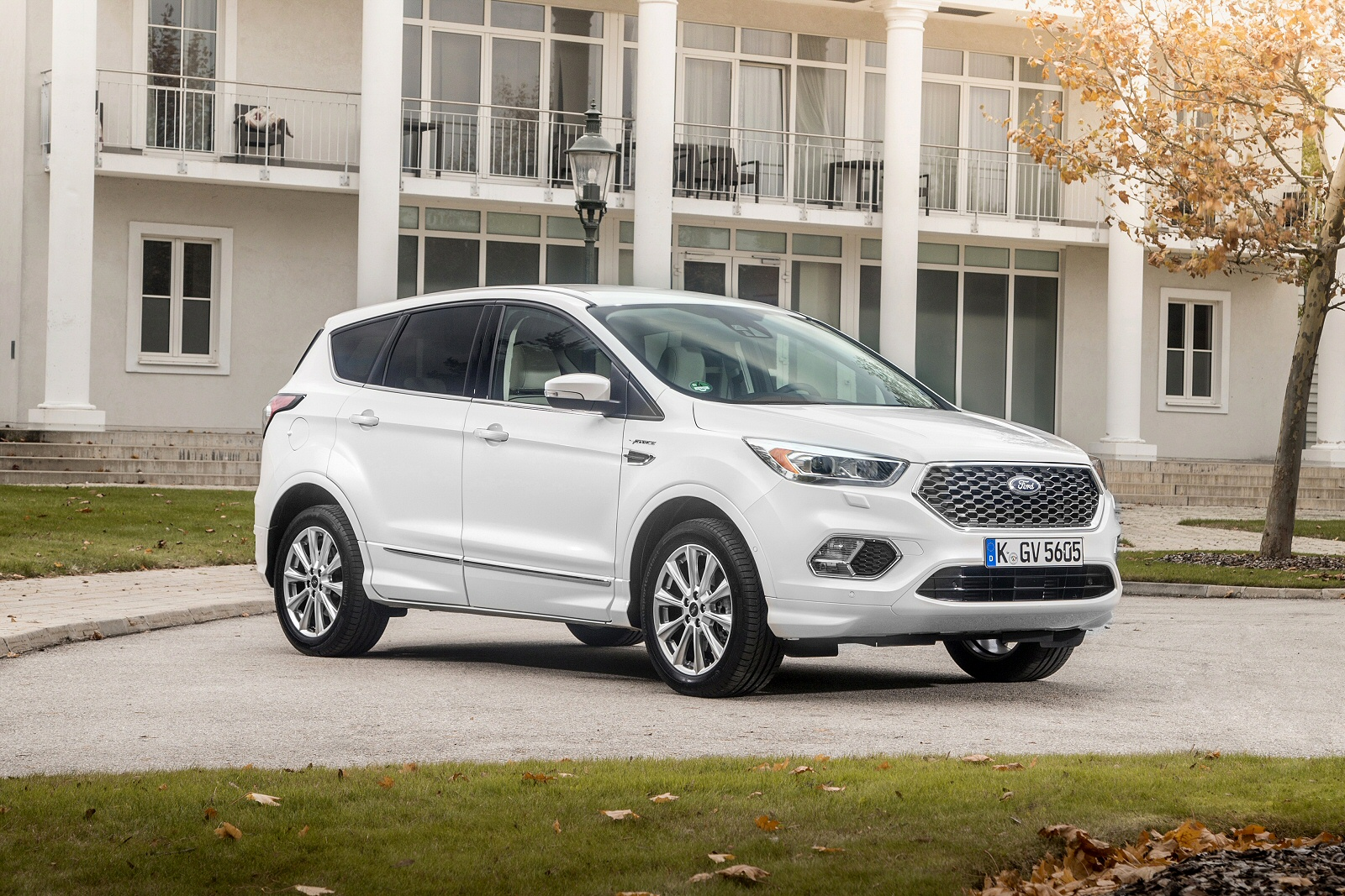 New Ford Kuga Vignale   Dr Autosel Estate For Sale Bristol Street