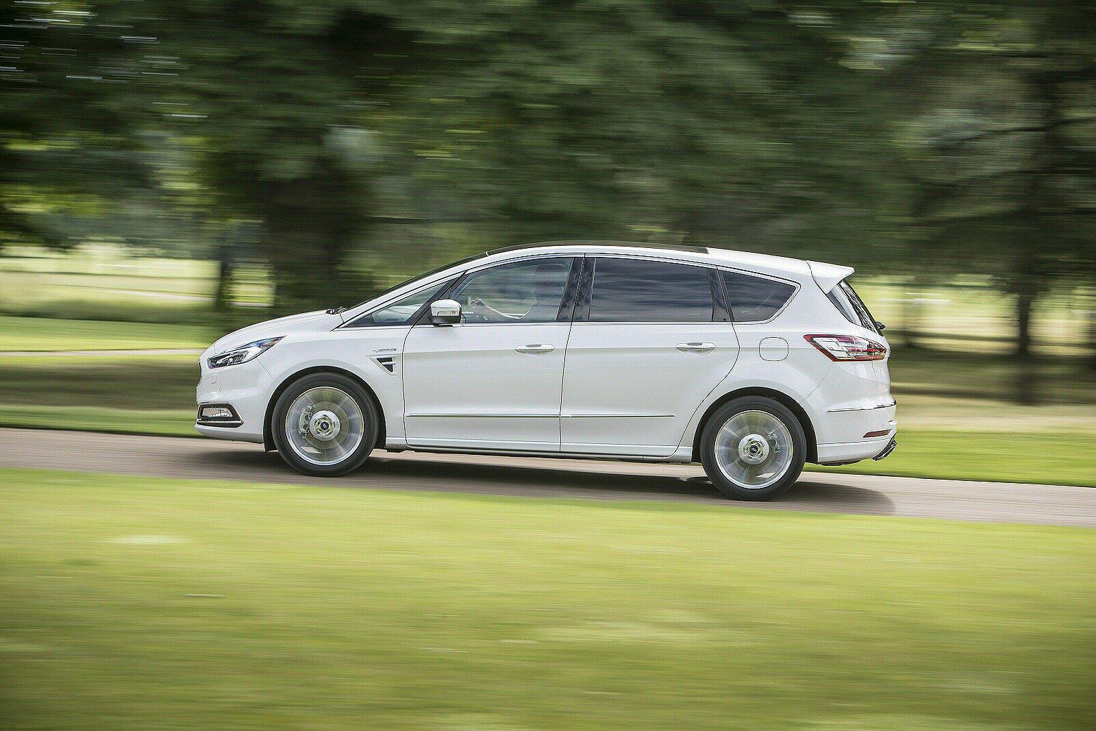 new ford s max vignale 2 0 ecoblue 190 5dr diesel estate. Black Bedroom Furniture Sets. Home Design Ideas