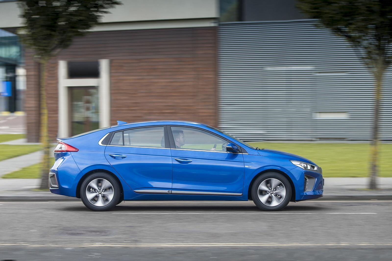 New Hyundai Ioniq 88kw Electric Premium Se 28kwh 5dr Auto