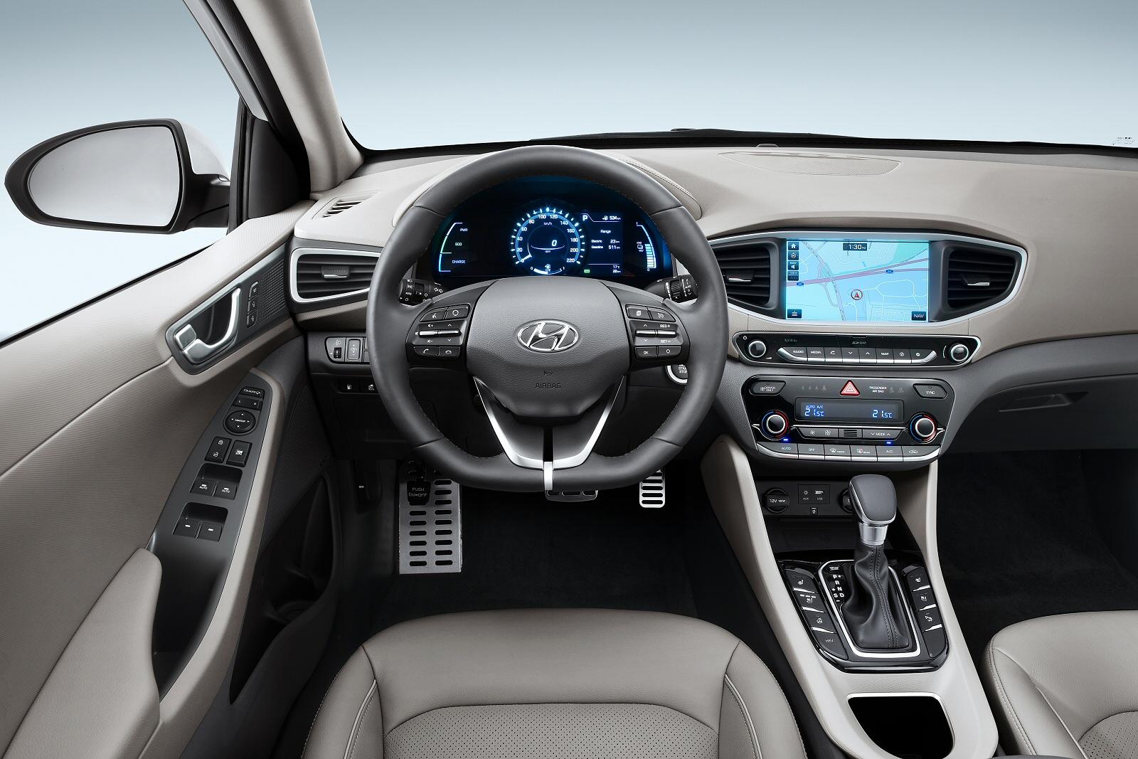 New Hyundai Ioniq 1 6 Gdi Plug In Hybrid Premium Se 5dr Dct Hatchback For Bristol Street