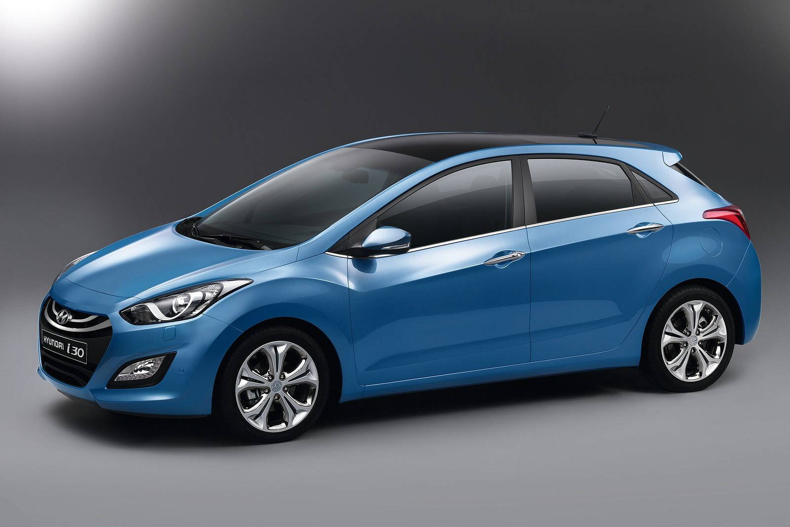 hyundai i30 1 6 crdi blue drive s 5dr diesel estate for sale the taxi centre. Black Bedroom Furniture Sets. Home Design Ideas