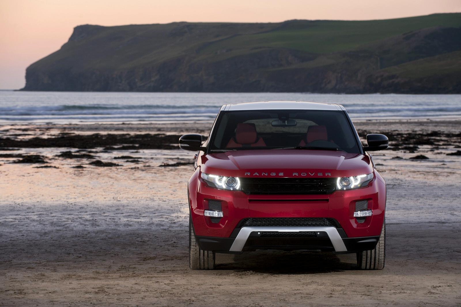 new land rover range rover evoque 2 0 ed4 se tech 5dr 2wd diesel hatchback for sale farnell. Black Bedroom Furniture Sets. Home Design Ideas