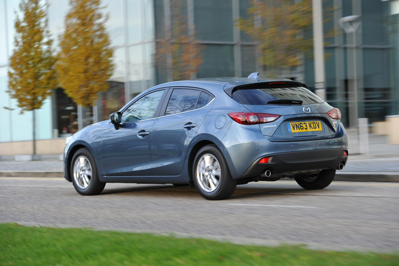 new mazda 3 1 5d se nav 5dr diesel hatchback for sale macklin motors. Black Bedroom Furniture Sets. Home Design Ideas