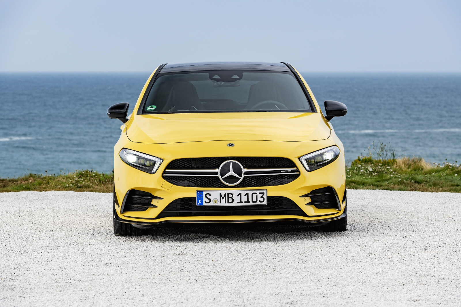 mercedes eco display yellow