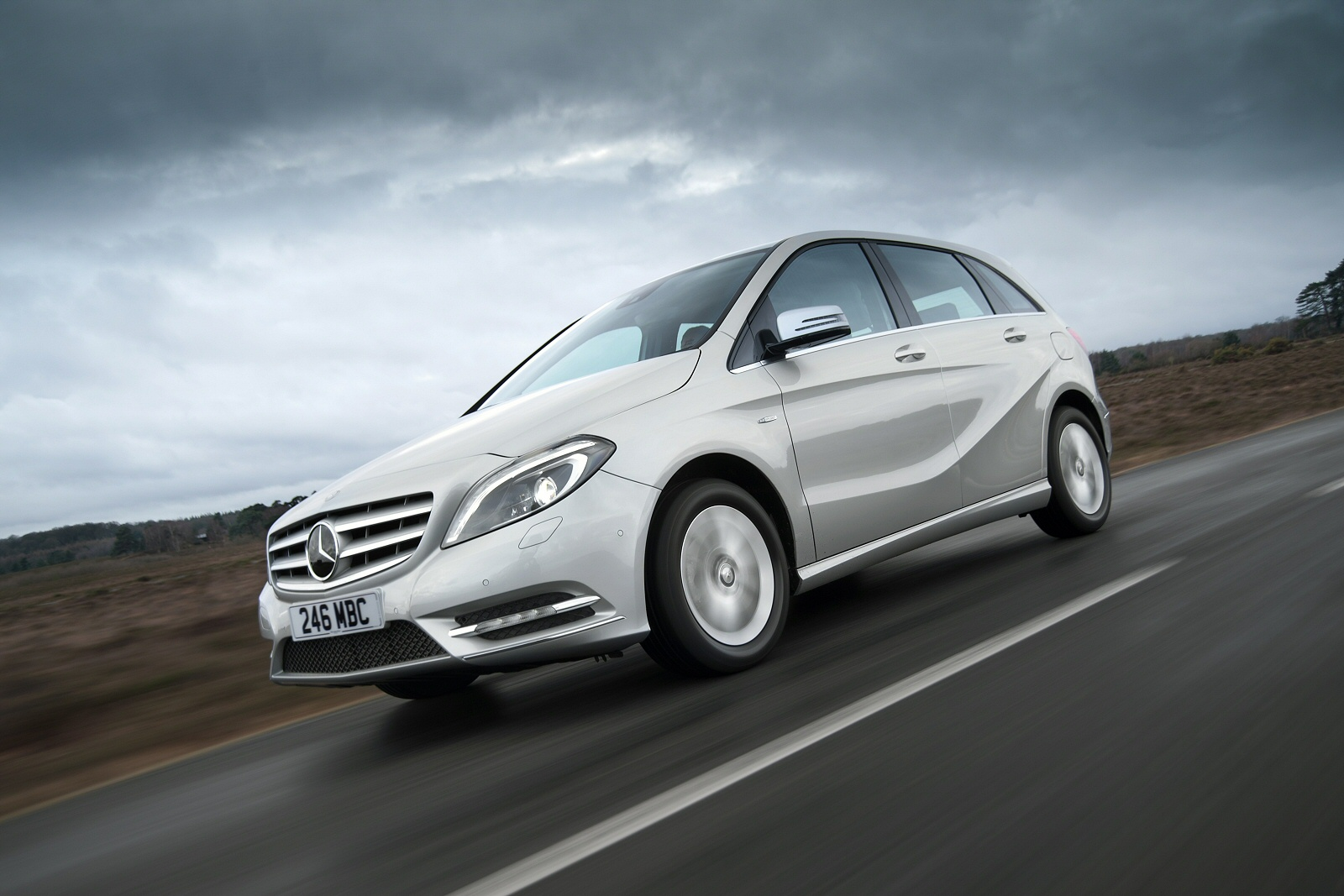 New mercedes benz b class b180d se 5dr diesel hatchback for Mercedes benz discounts