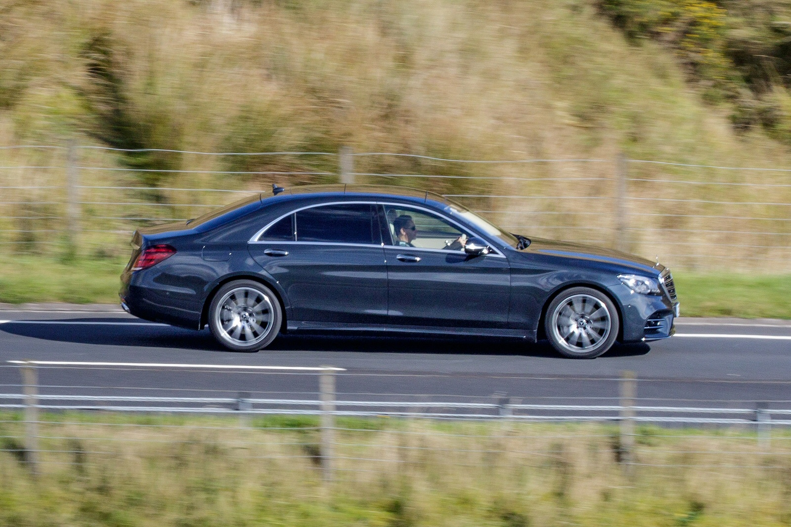 New mercedes benz s class s350d l amg line 4dr 9g tronic for Mercedes benz discounts
