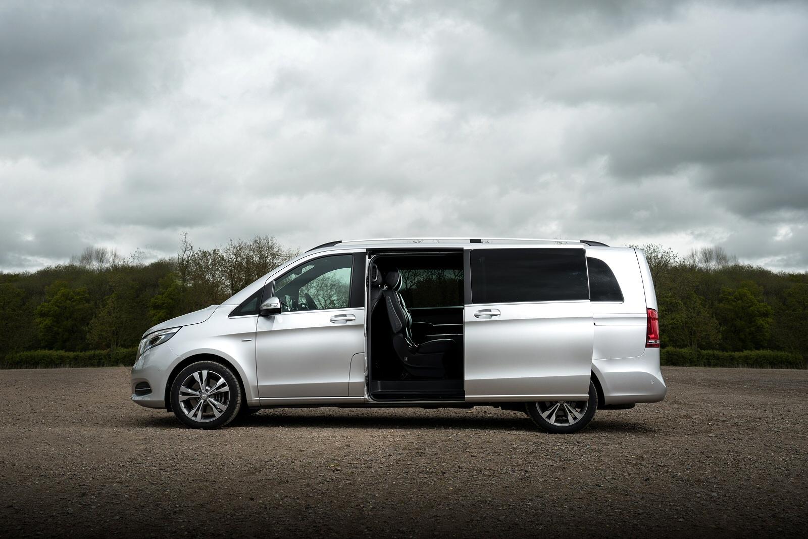 new mercedes benz v class v220 d sport 5dr auto diesel. Black Bedroom Furniture Sets. Home Design Ideas