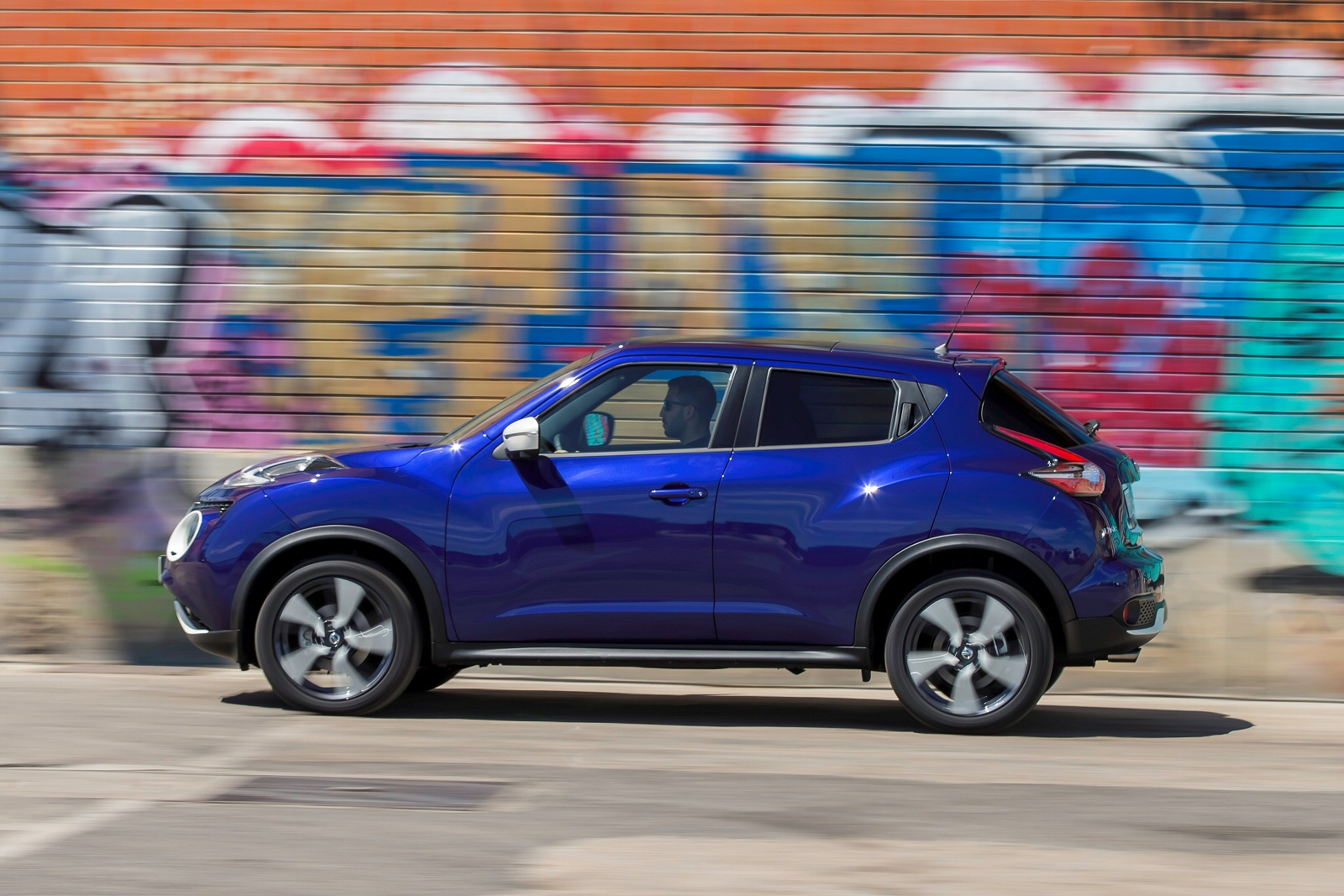 new nissan juke tekna 1 6 dig t 5dr petrol hatchback for sale bristol street. Black Bedroom Furniture Sets. Home Design Ideas