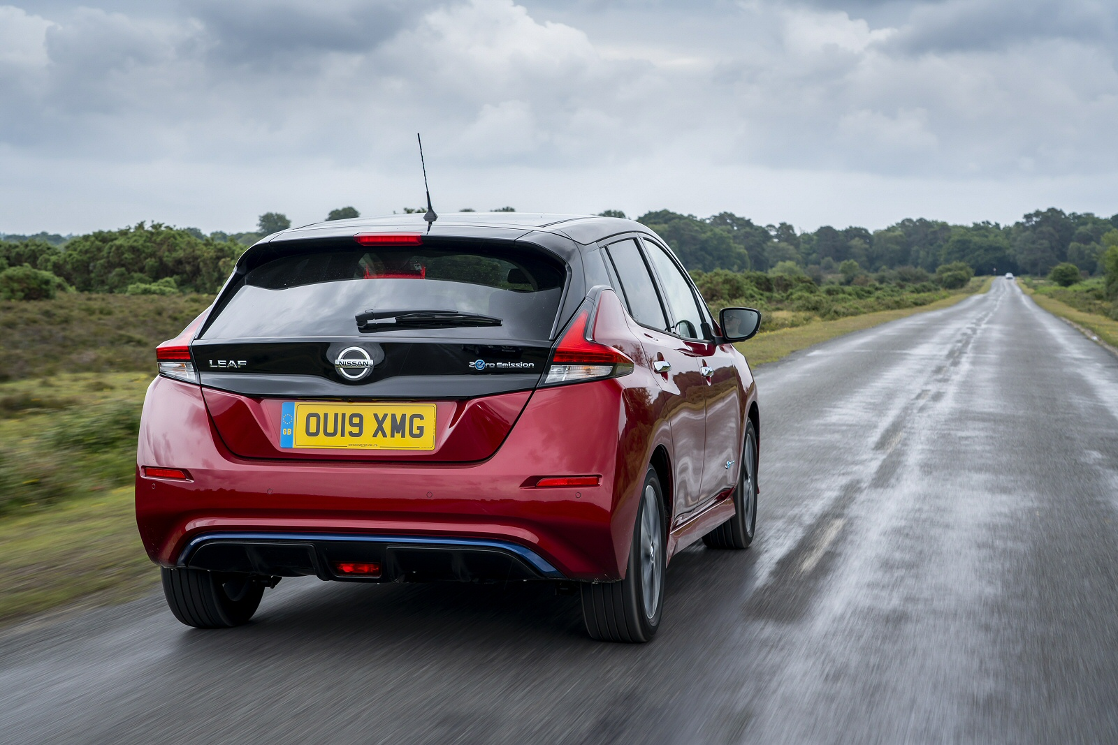 new nissan leaf 110kw n-connecta 40kwh 5dr auto electric hatchback