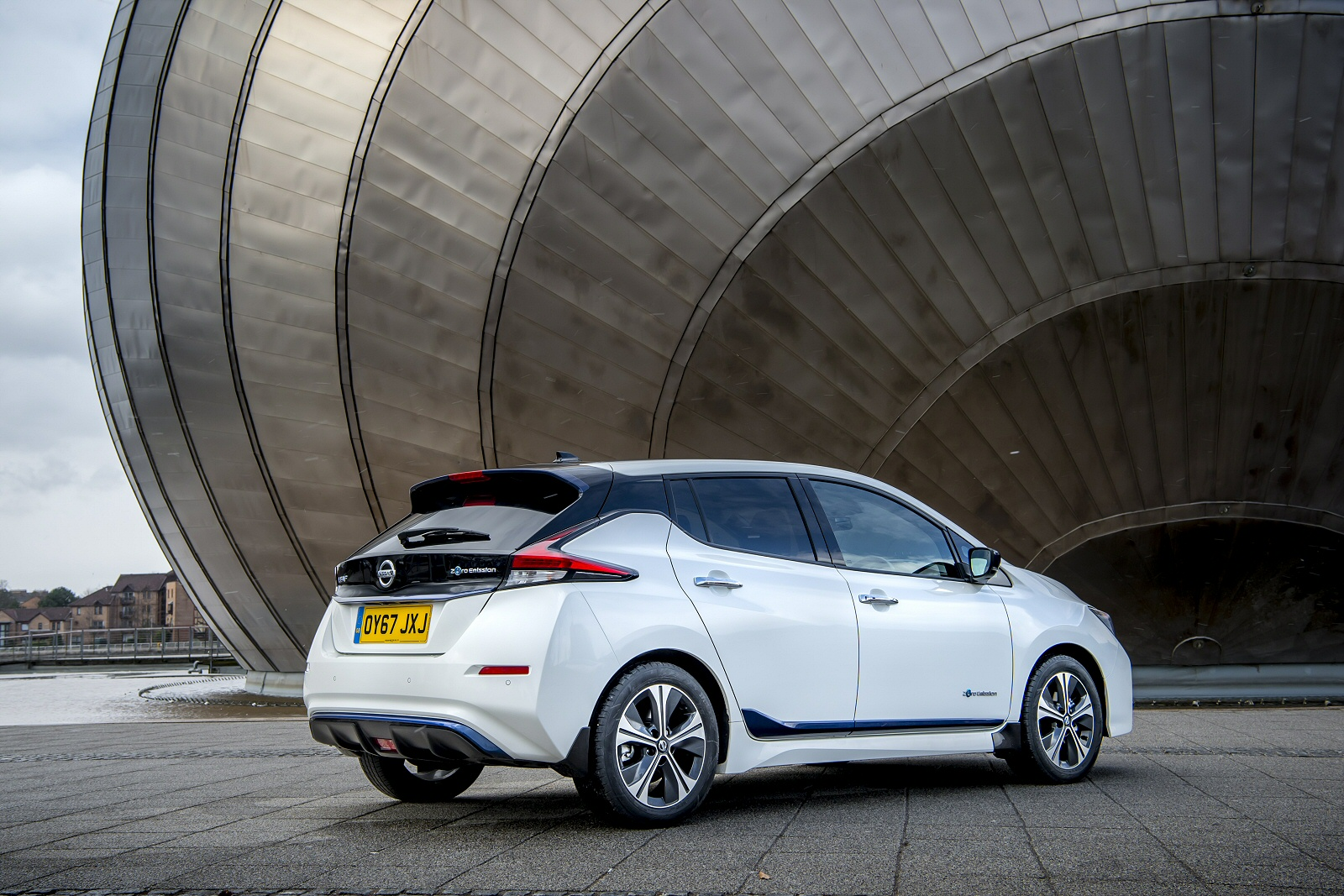 new nissan leaf 110kw n connecta 40kwh 5dr auto electric. Black Bedroom Furniture Sets. Home Design Ideas