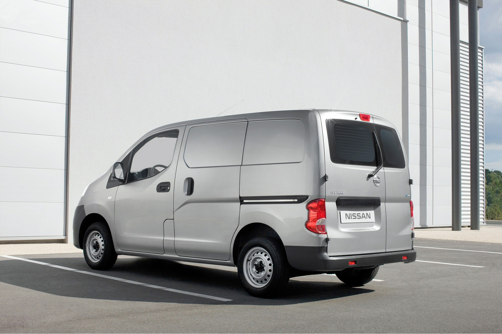 new nissan nv200 diesel 1 5 dci 110 tekna van for sale macklin motors. Black Bedroom Furniture Sets. Home Design Ideas