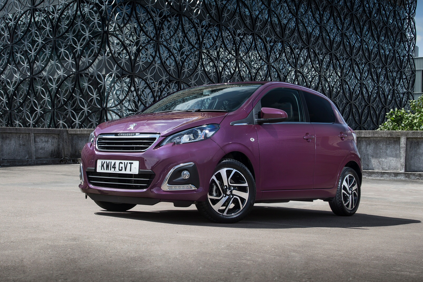 new peugeot 108 1 0 active 5dr 2 tronic petrol hatchback for sale bristol street. Black Bedroom Furniture Sets. Home Design Ideas