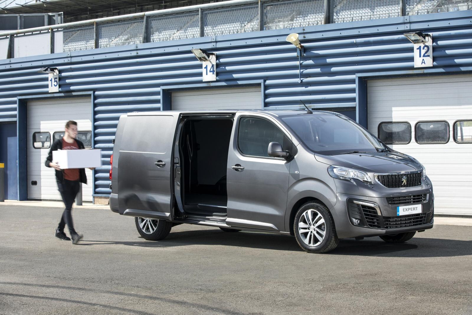 2663c0dc07 New Peugeot Expert Standard Diesel 1000 1.6 BlueHDi 95 Professional ...