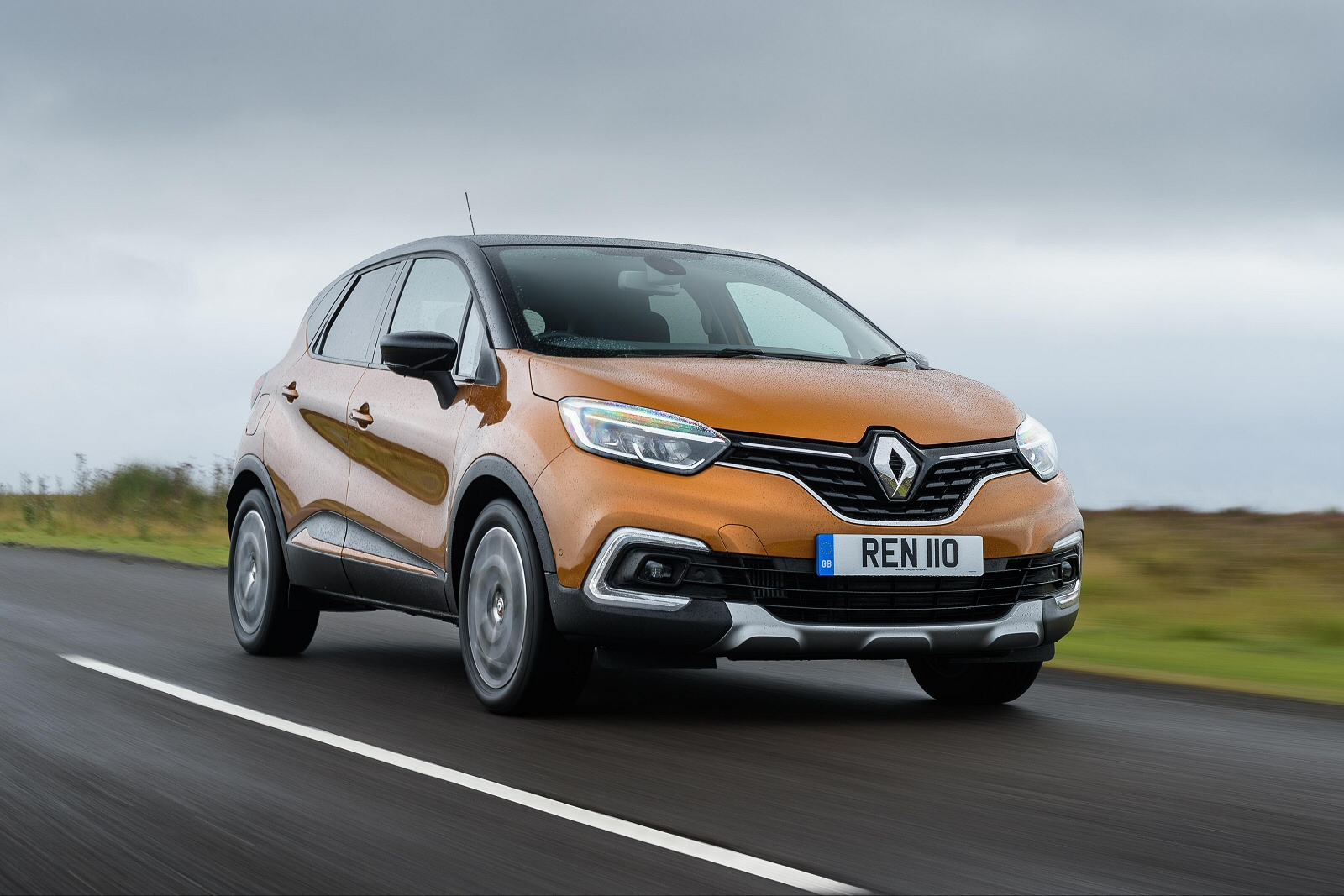 new renault captur 1 5 dci 90 gt line 5dr diesel hatchback for sale bristol street. Black Bedroom Furniture Sets. Home Design Ideas
