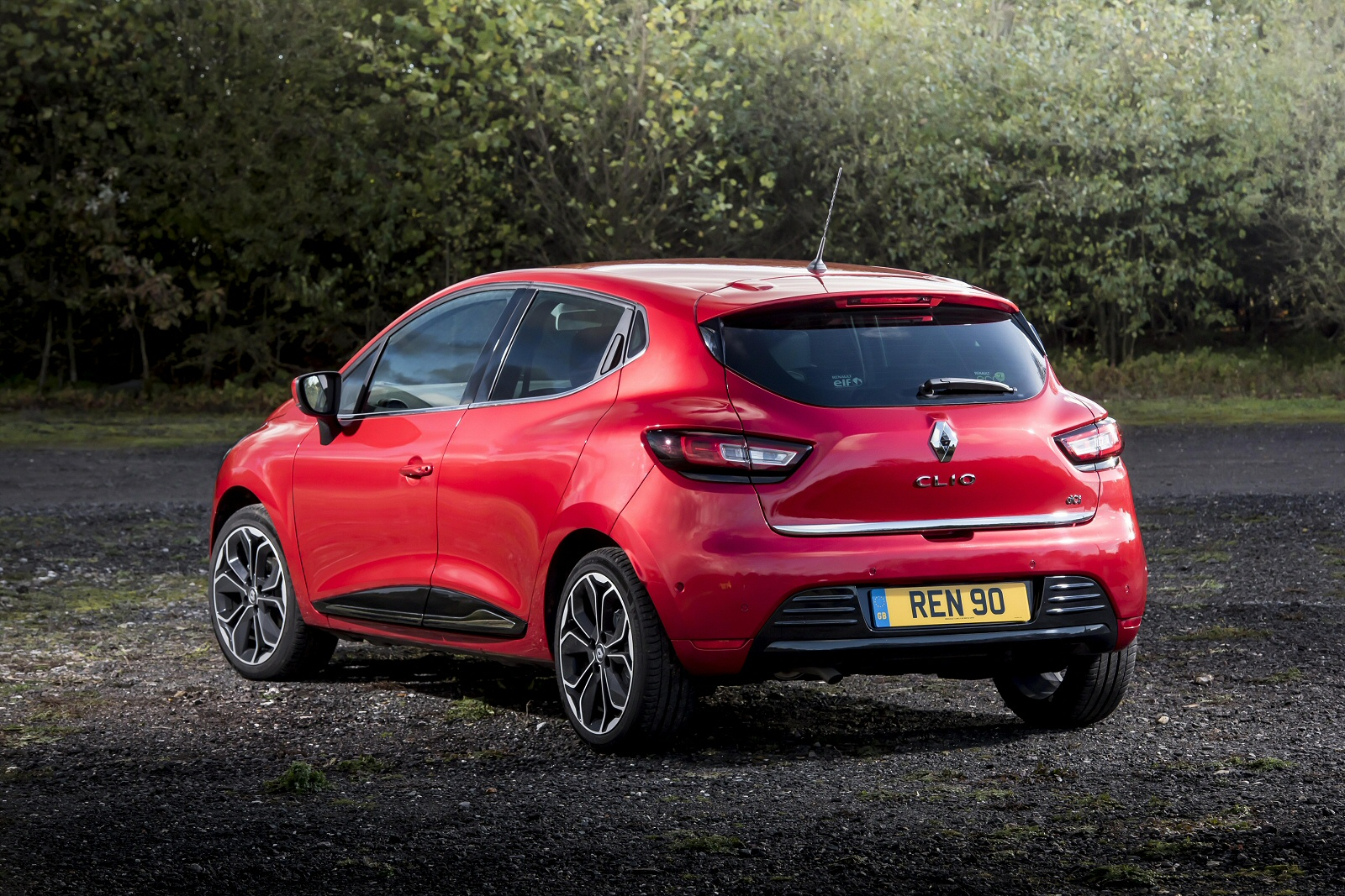 New Renault Clio 0.9 Tce 90 Iconic 5Dr Petrol Hatchback