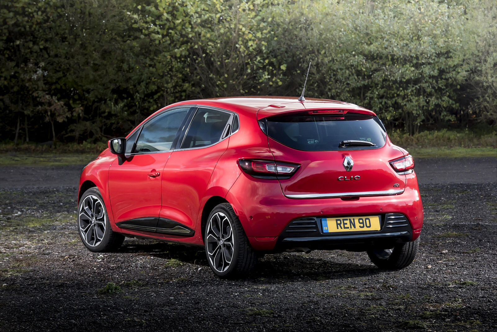 new renault clio 1 5 dci 110 dynamique s nav 5dr diesel hatchback for sale bristol street. Black Bedroom Furniture Sets. Home Design Ideas