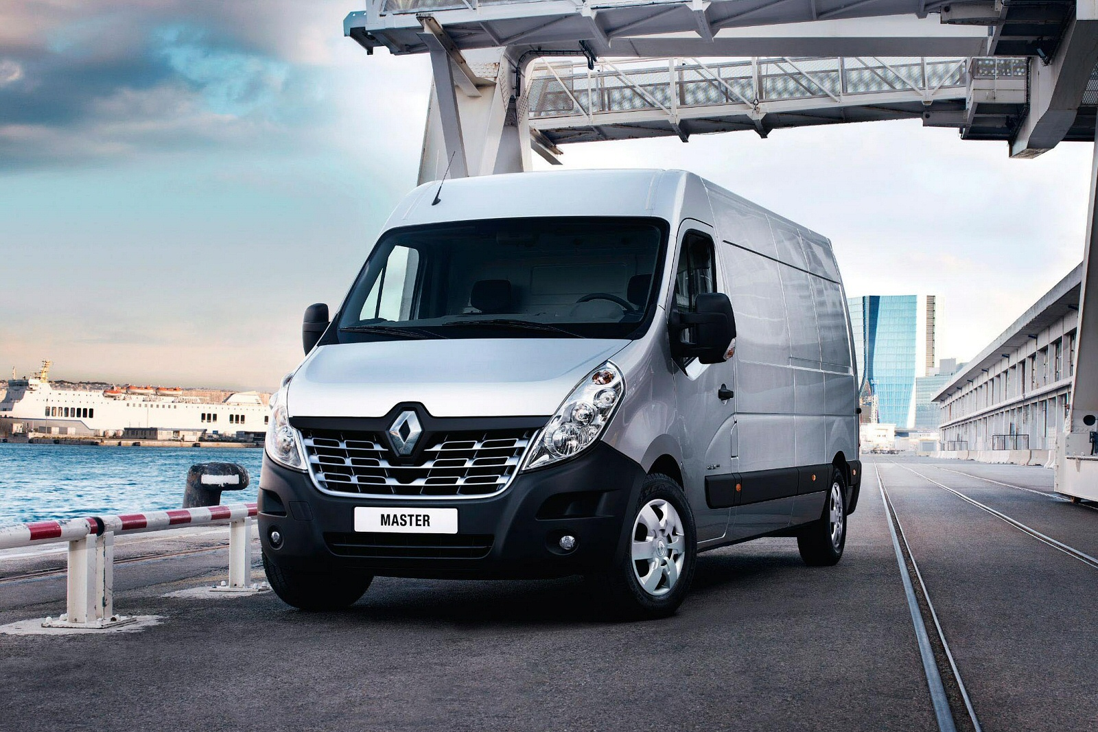 500e961d47 New Renault Master Mwb Diesel Fwd MH35 ENERGY dCi 145 Business High ...