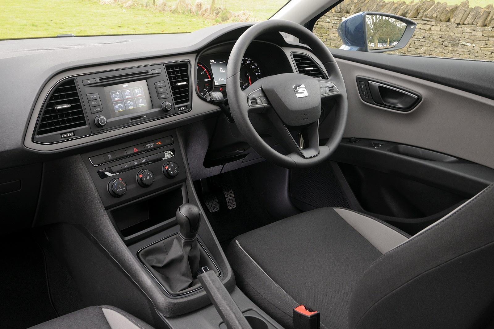 New seat leon 1 4 ecotsi 150 xcellence technology 5dr dsg for Interior seat leon