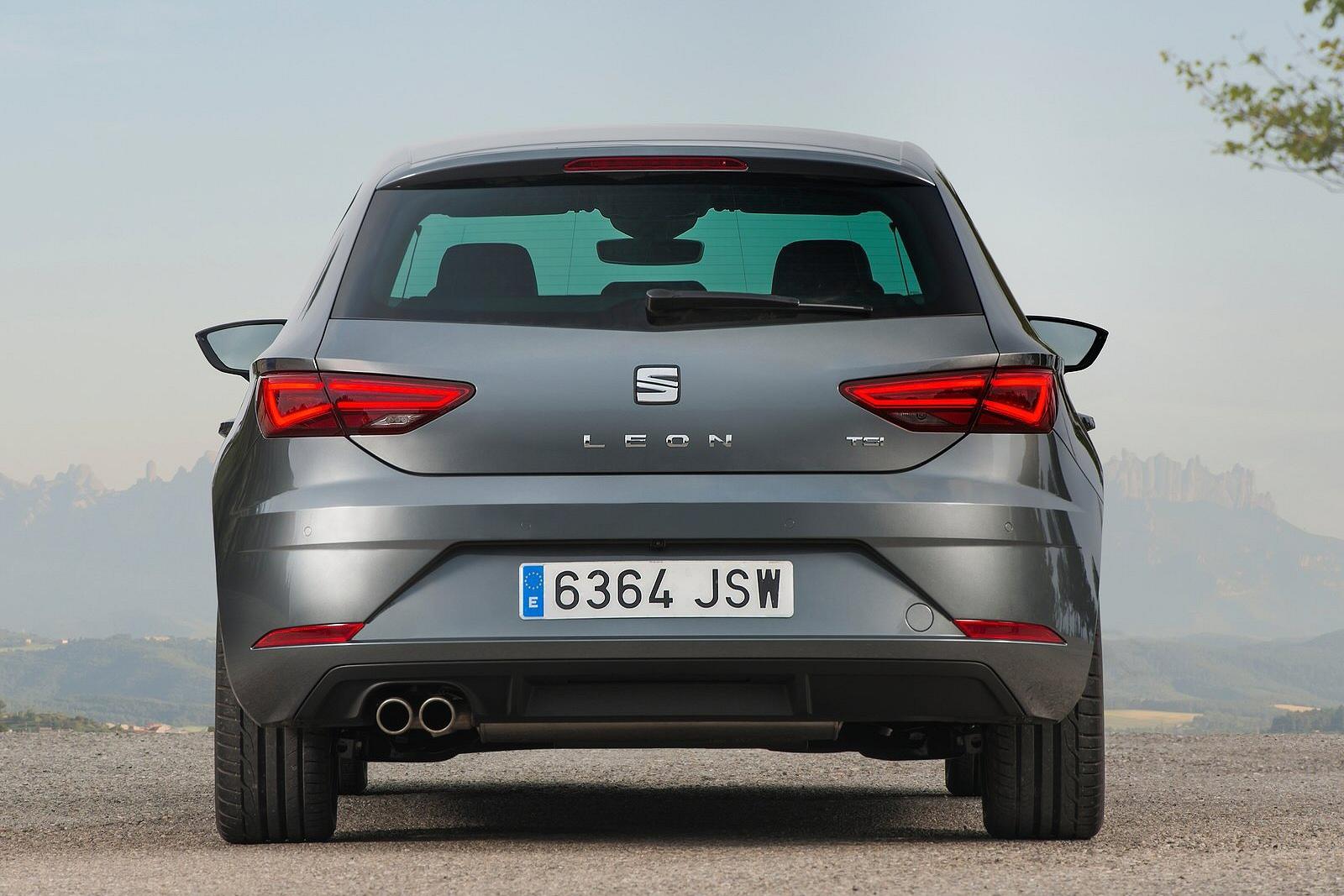 new seat leon 1 0 tsi ecomotive se technology 5dr dsg petrol hatchback for sale bristol street. Black Bedroom Furniture Sets. Home Design Ideas