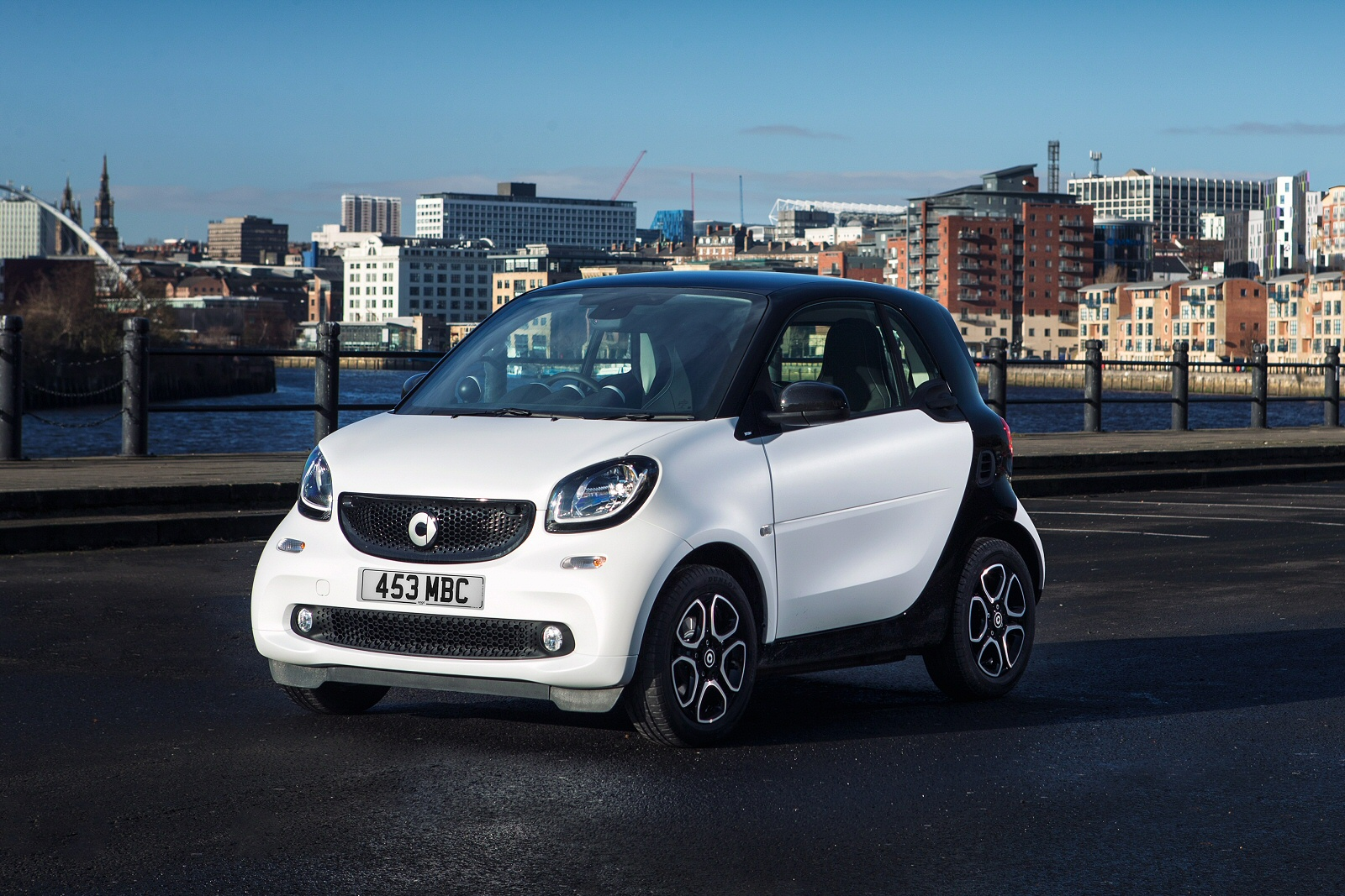 New smart fortwo coupe 0 9 turbo prime premium 2dr petrol for Prime motor cars mercedes benz