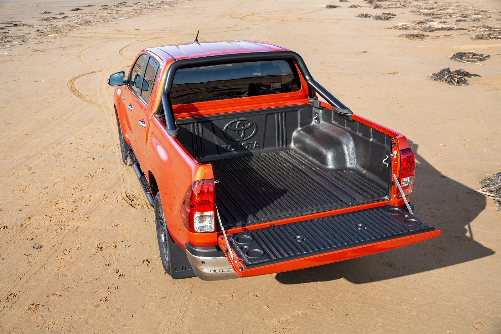 Volkswagen Lease Deals >> New Toyota Hilux Diesel Invincible X D/Cab Pick Up 2.4 D-4D for Sale | Bristol Street