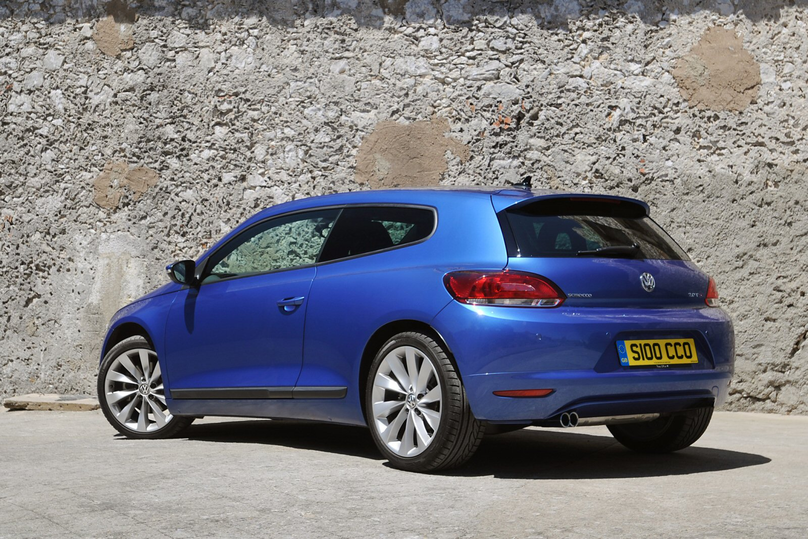 new volkswagen scirocco 2 0 tsi 180 bluemotion tech gt black edition 3dr petrol coupe for sale. Black Bedroom Furniture Sets. Home Design Ideas