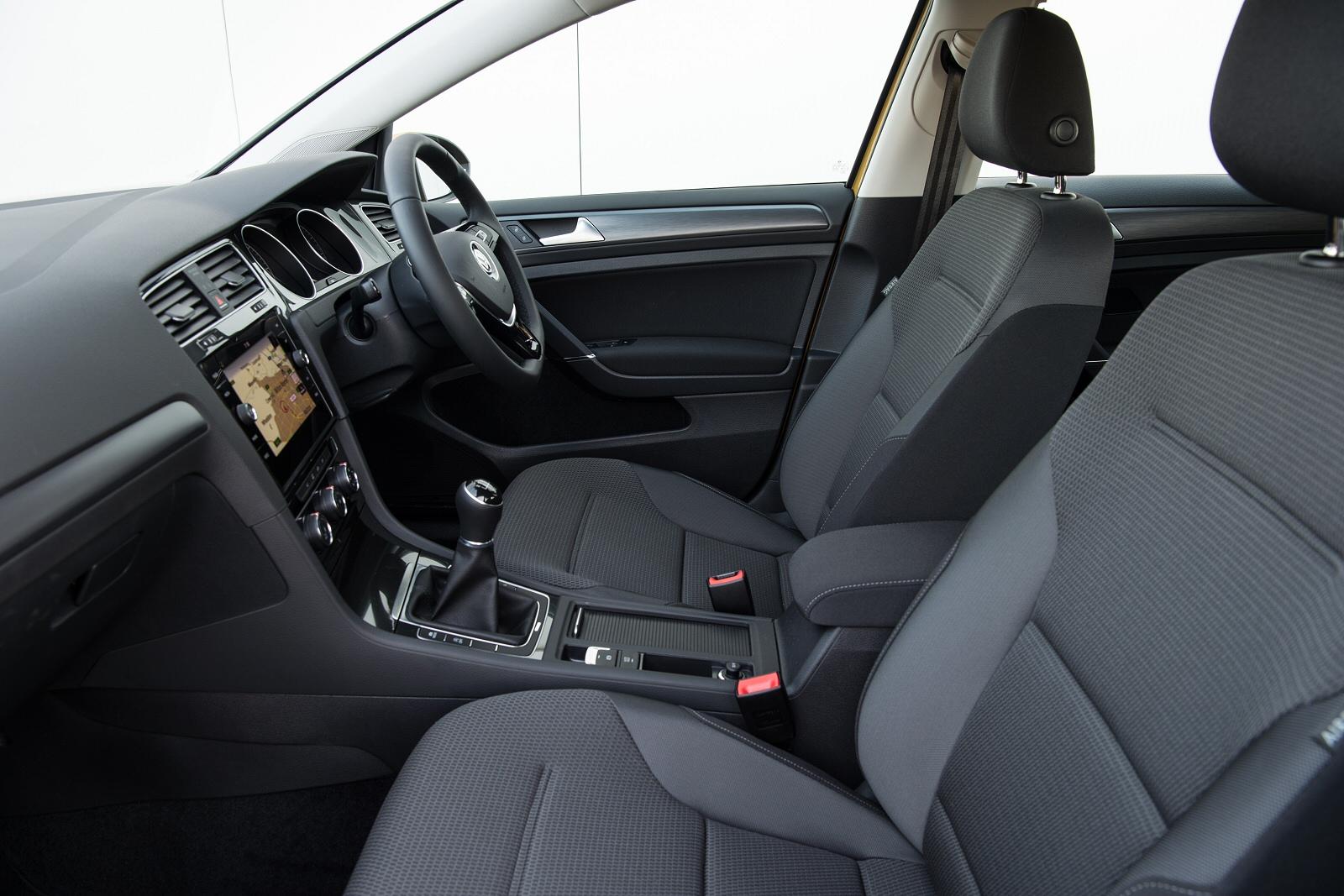 ... 1.0 Tsi 110 Se [nav] 5Dr Dsg Petrol Hatchback ...